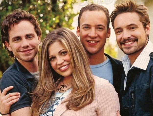 "Rider Strong Has ""No Official Involvement"" With ""Girl Meets World"" -     --- come back to my tv, Shawn Hunter!    ""Topanga"" it's own universal language. Haha"