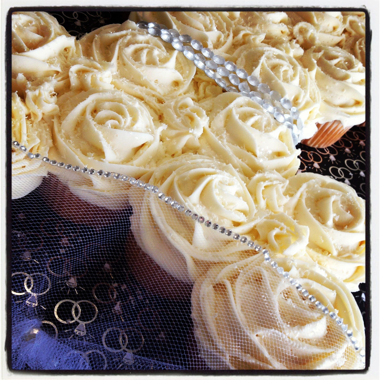 Bridal shower cupcake wedding dress with veil