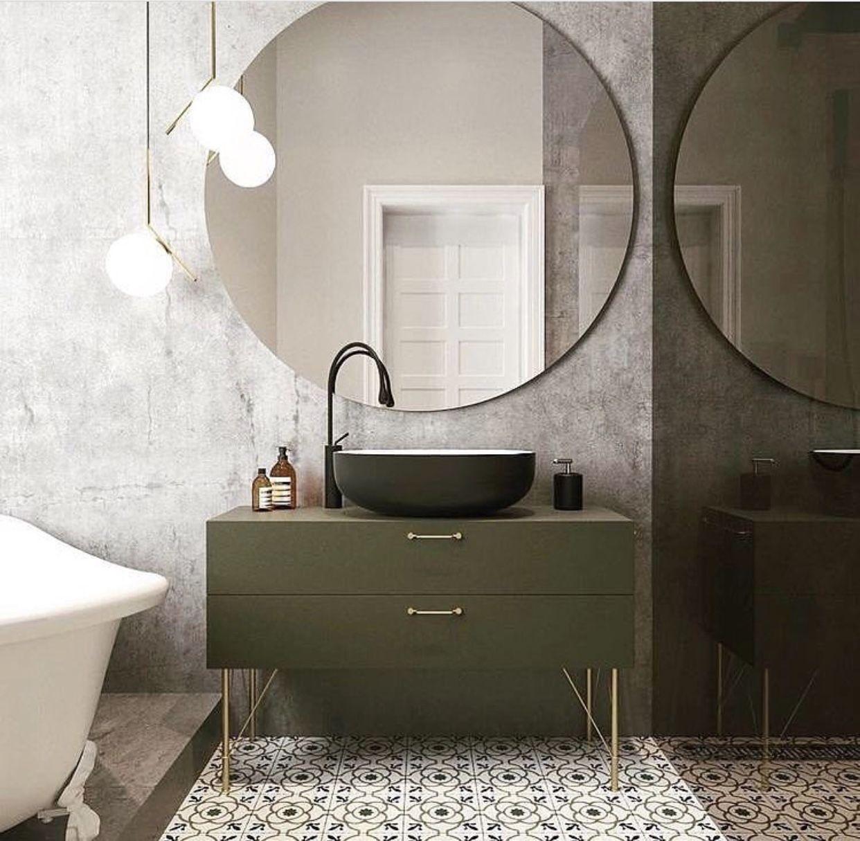 Couleur Meuble Et Vasque Miroir Rond Xxl Idee Salle De Bain Decoration Salle De Bain Salle De Bains Kaki