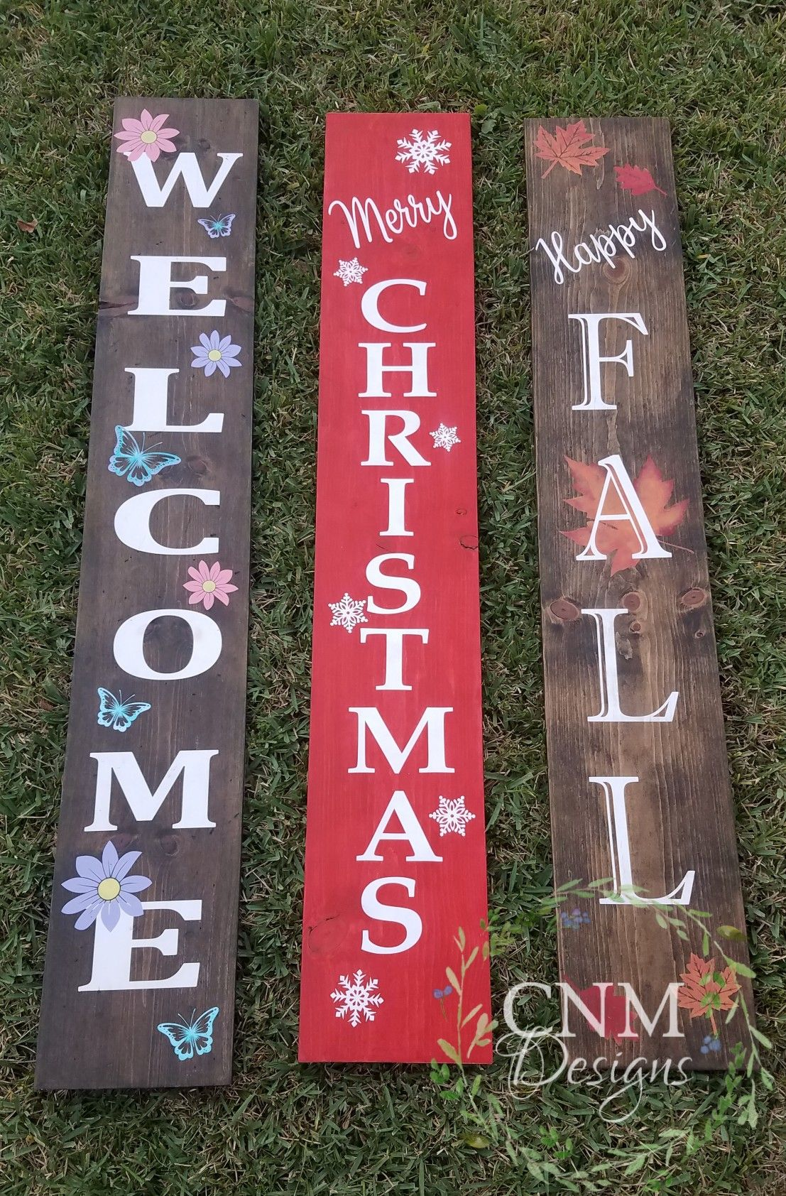 """Hand Painted Distressed Red Wooden Sign Merry Christmas Yall 12/"""" x 12/"""" w// Santa"""