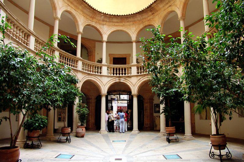 Spanischer Innenhof innenhof spanien architecture architecture