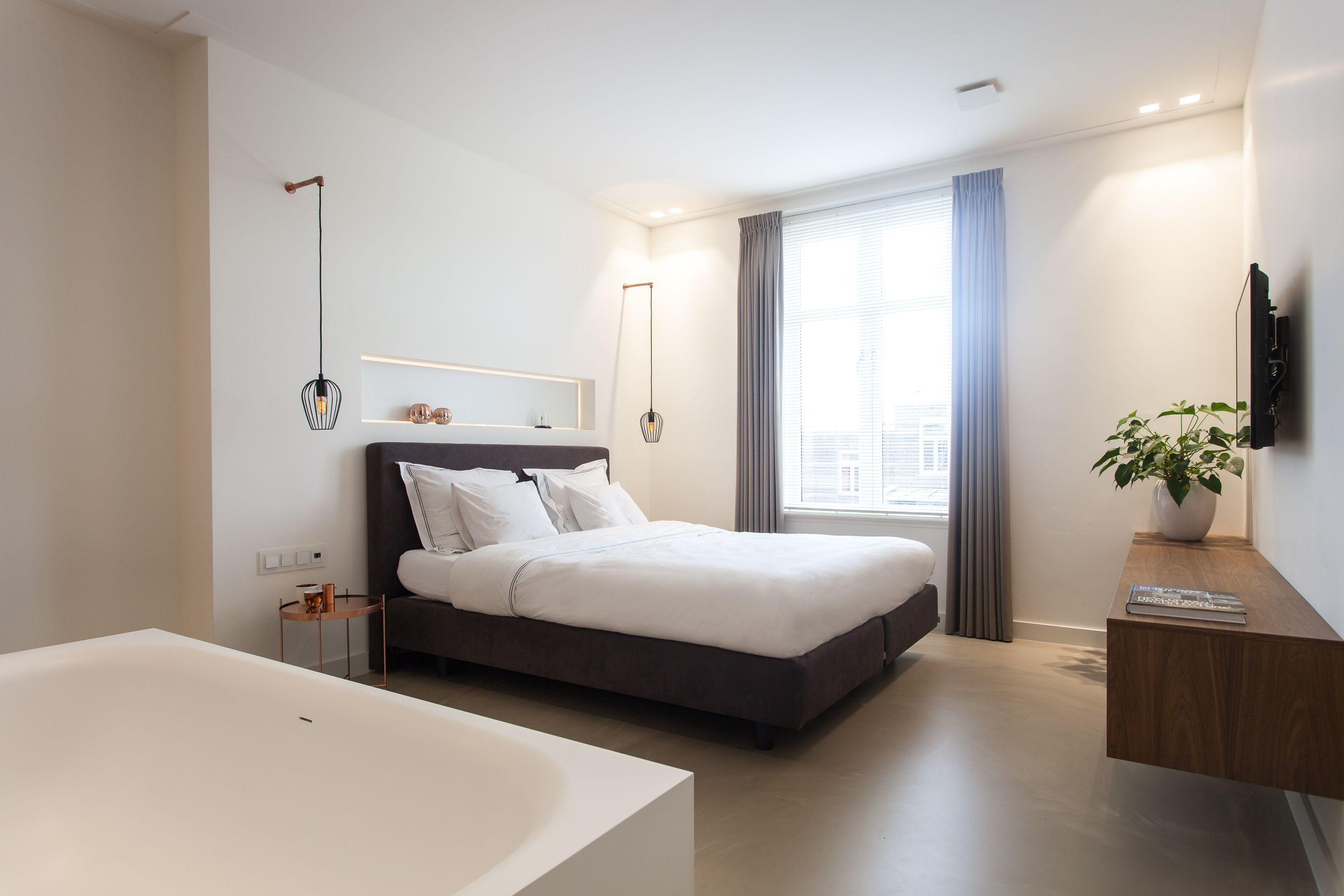Ontwerp moderne slaapkamer met aanliggende badkamer in nijmegen