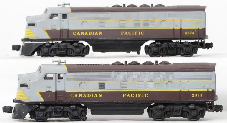Lionel Postwar O Gauge 2373 Canadian Pacific F3 Aa Units No Headlight Cracks Very Bright Graphics Dummy A Is Unrun Power Canadian Pacific Pacific Canadian