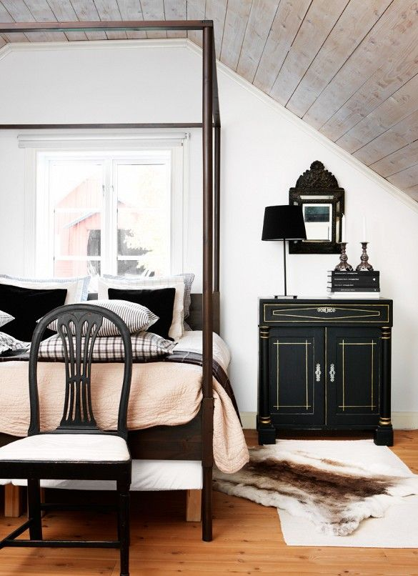 Step Into a Charmingly Dramatic Country Home via @domainehome