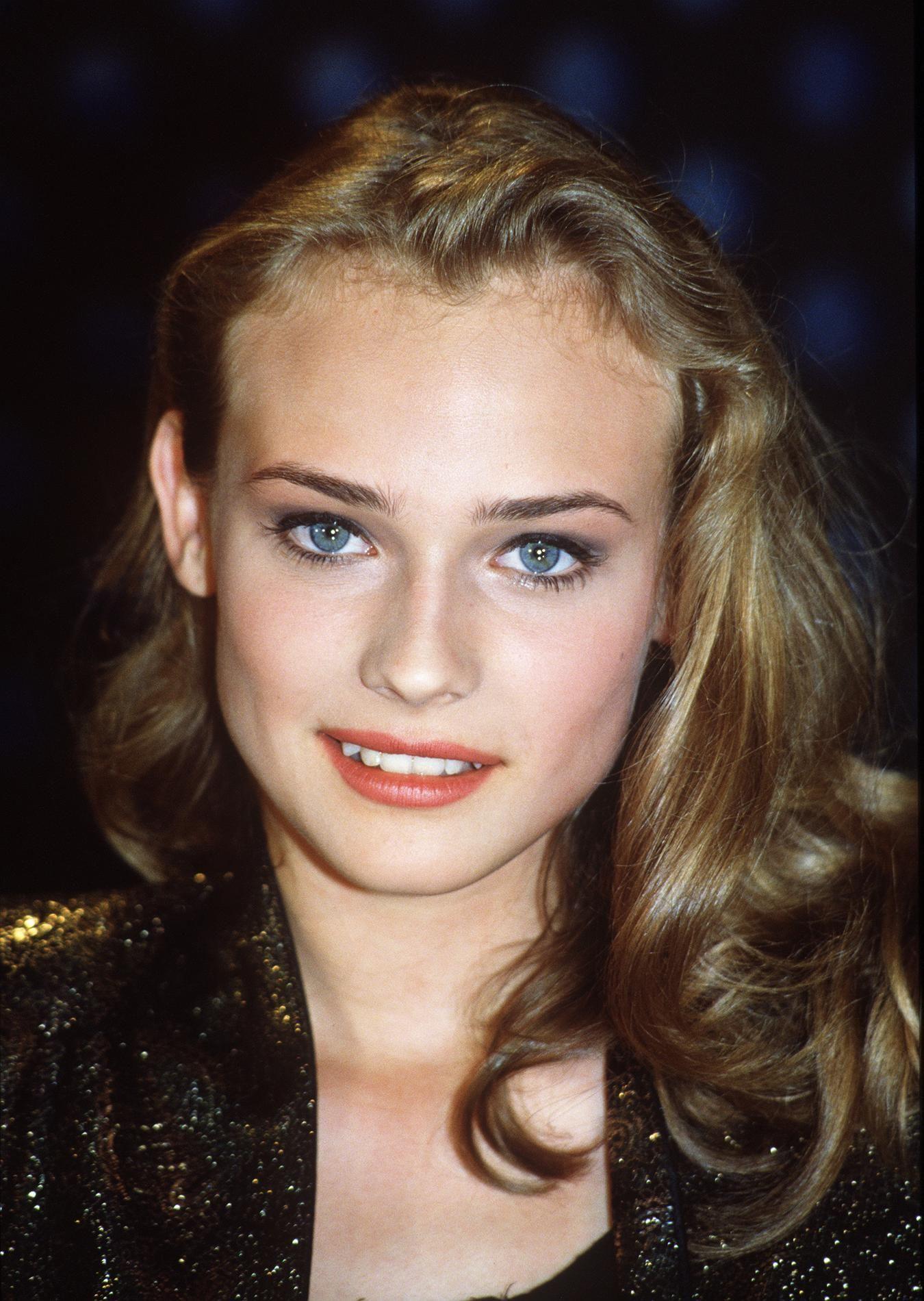 Diane Kruger : du chignon à la tresse épi, ses plus belles coiffures   Belle coiffure, Diane ...