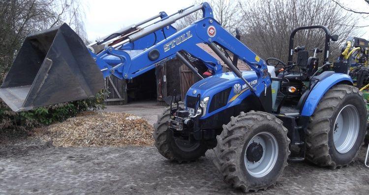 Uh universal hobbies farmer  new holland t