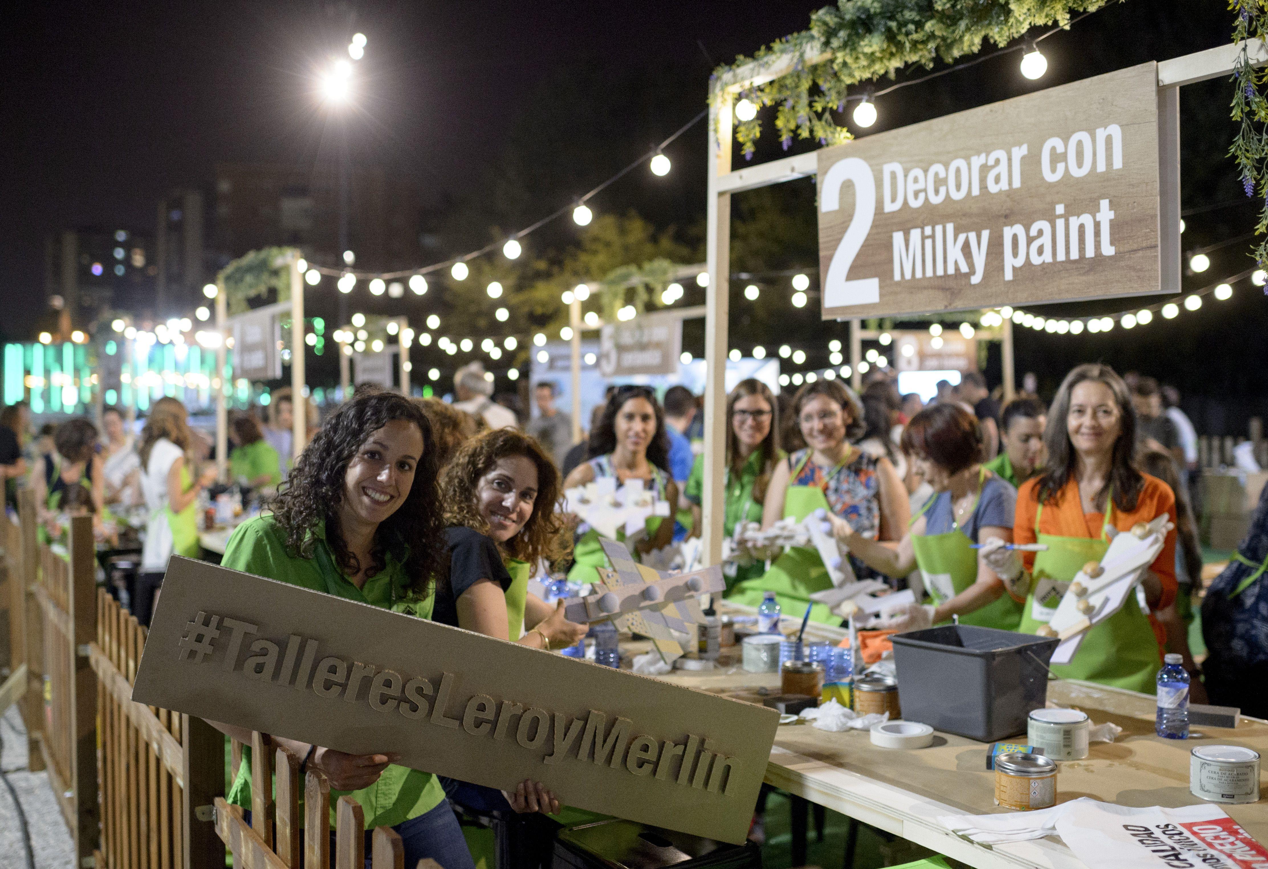 Madrid Río se llenó de actividad en la Noche de los Talleres