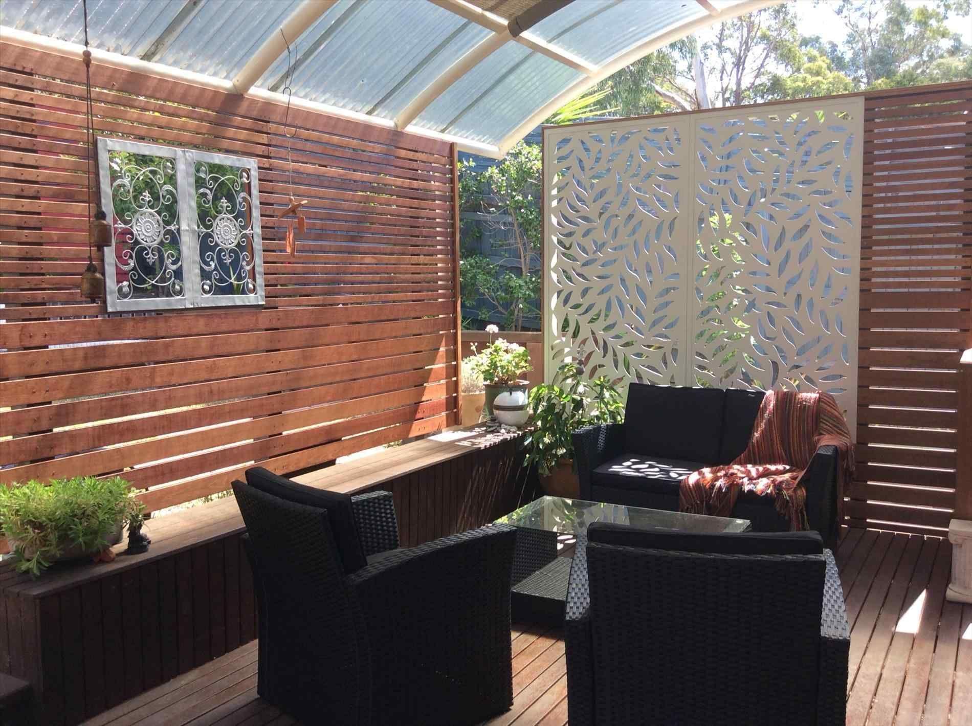 16 incredible patio divider walls for