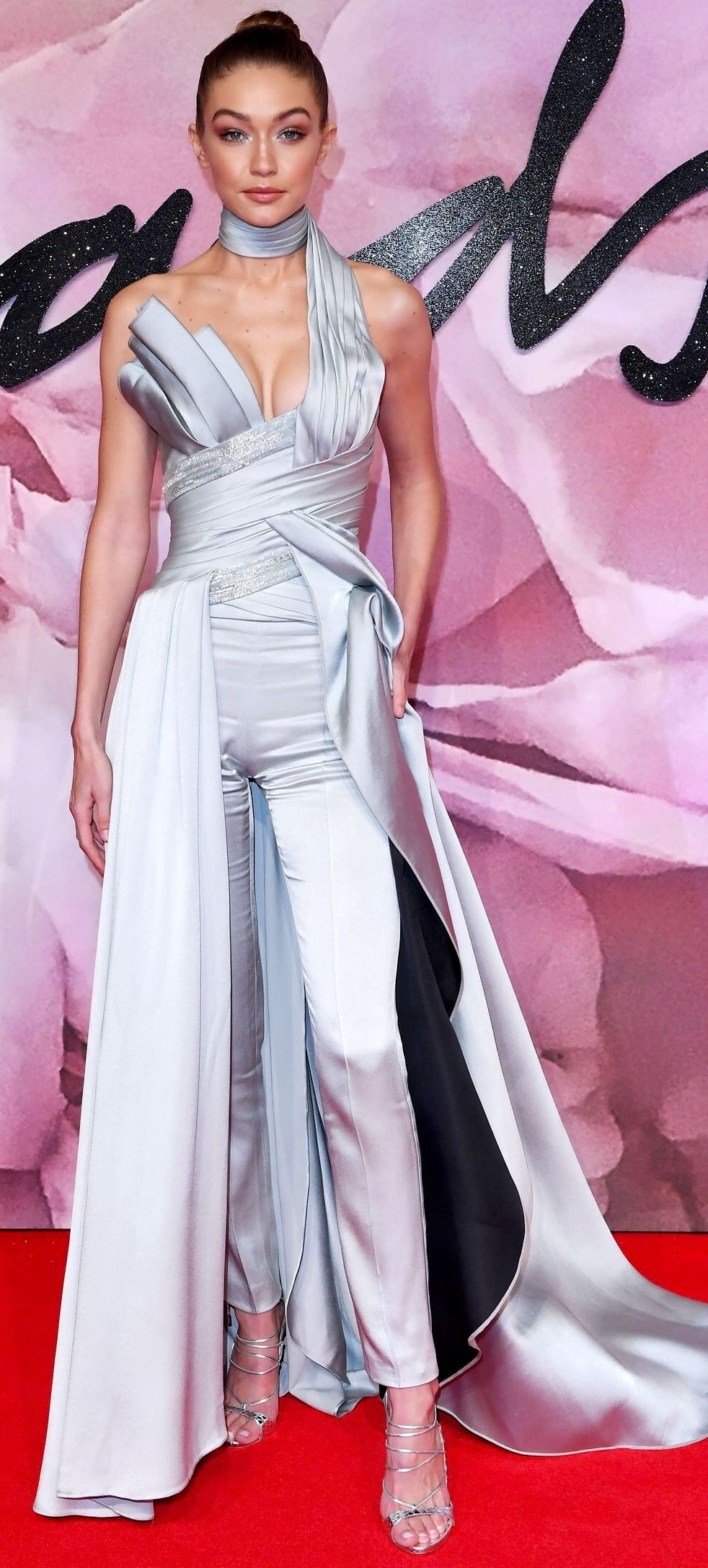 Gigi Hadid | Gigi hadid and other models :-) | Pinterest | Vestidos ...