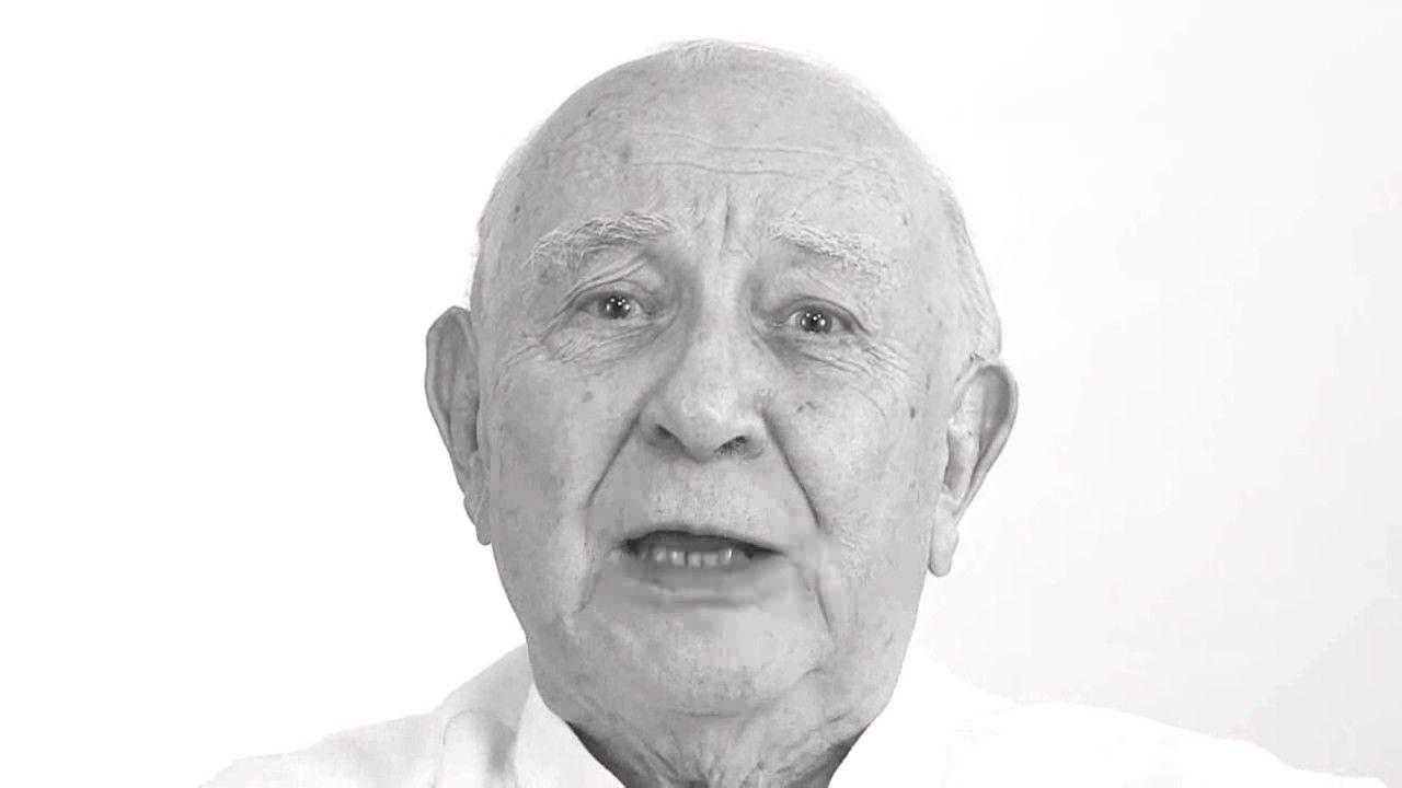 Sérgio Mamberti fala sobre o uso das prisões como forma de coerção a del...