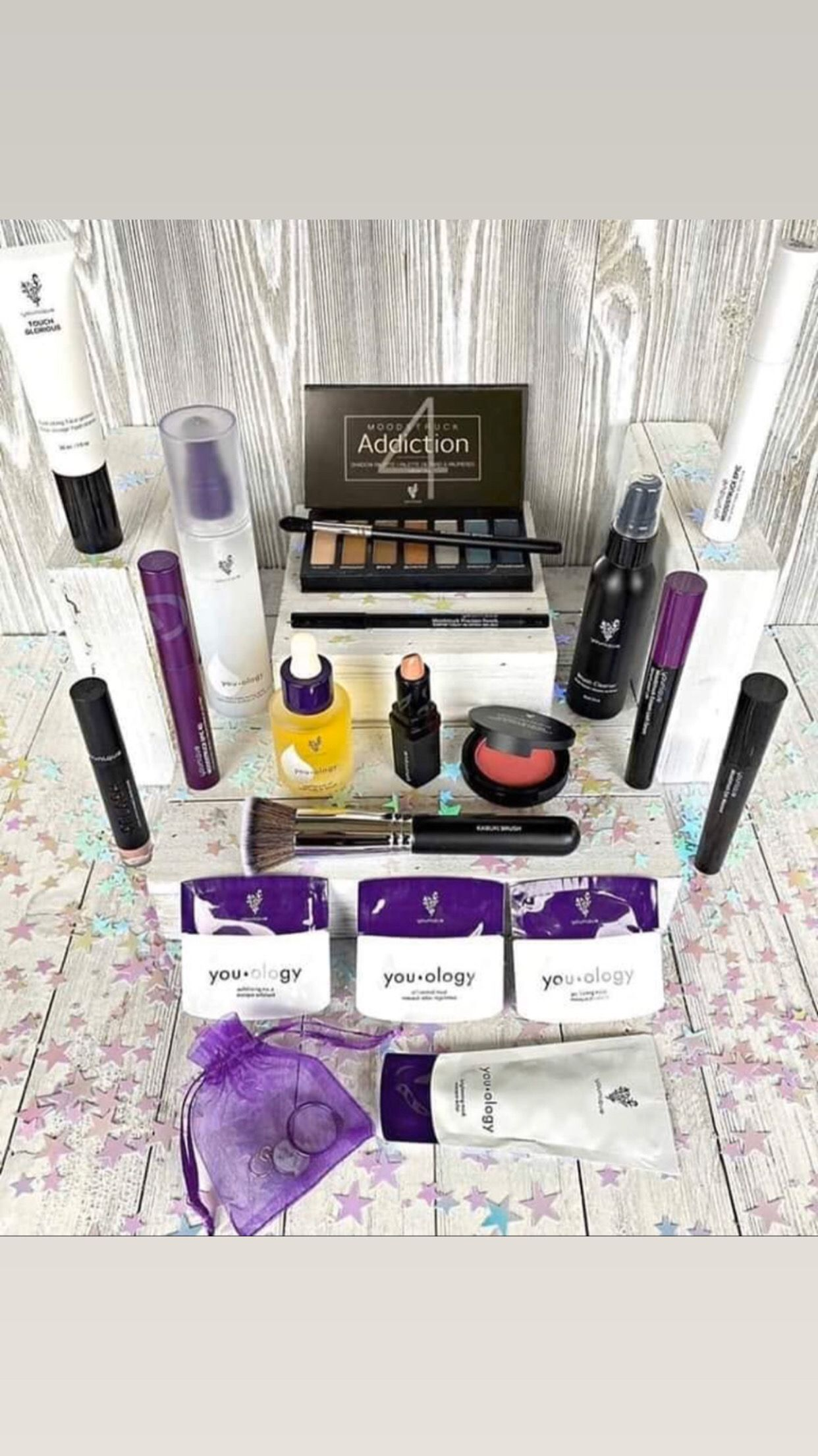 Hi Beauty Box in 2020 (With images) Presenters