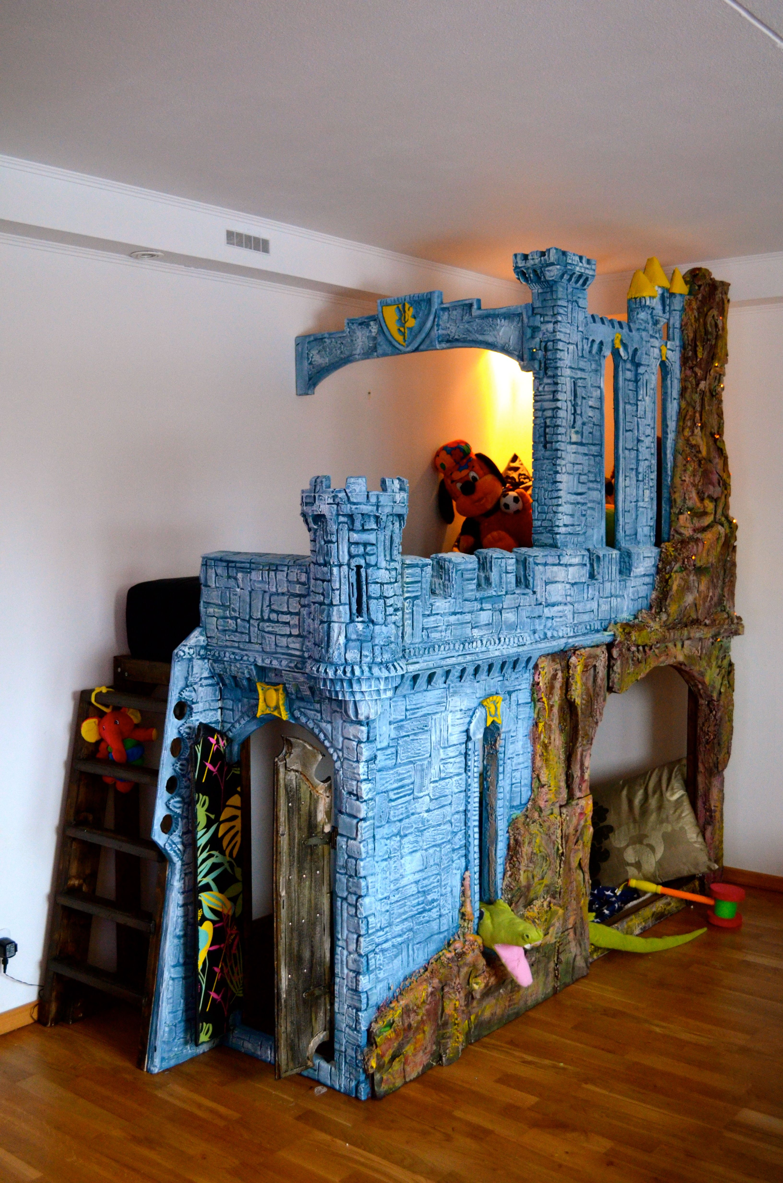 Gothic Castle Kids Play Space Bed Bunk Bed Family Bed All Handcrafted Diy Sculptured Extruded Polystyrene