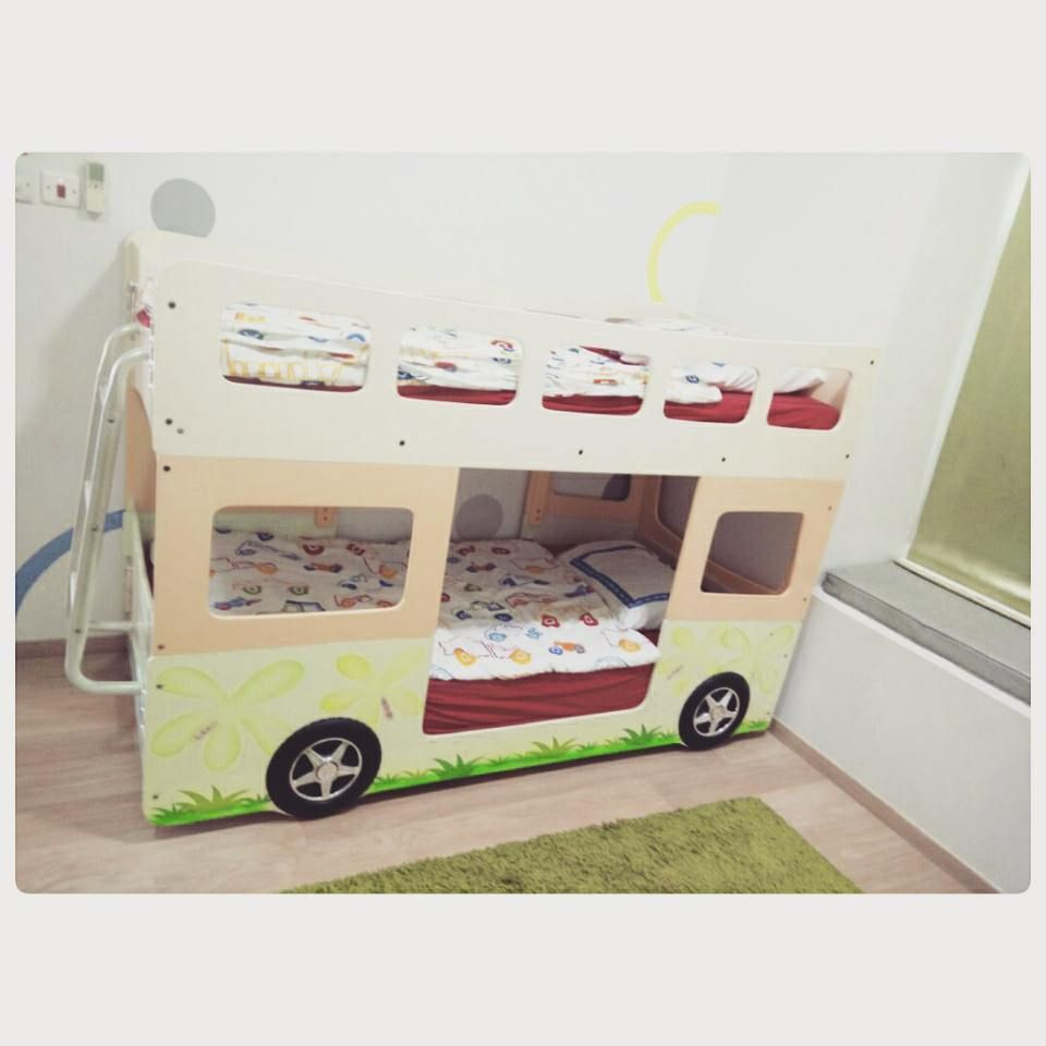For Sale Kids Bed 2 Floor Size 180x90 With 1 Matters Good Condation Price 65 Bd للبيع سرير اطفال على شكل باص طابقين مقاس 180x Toddler Bed Bed Home