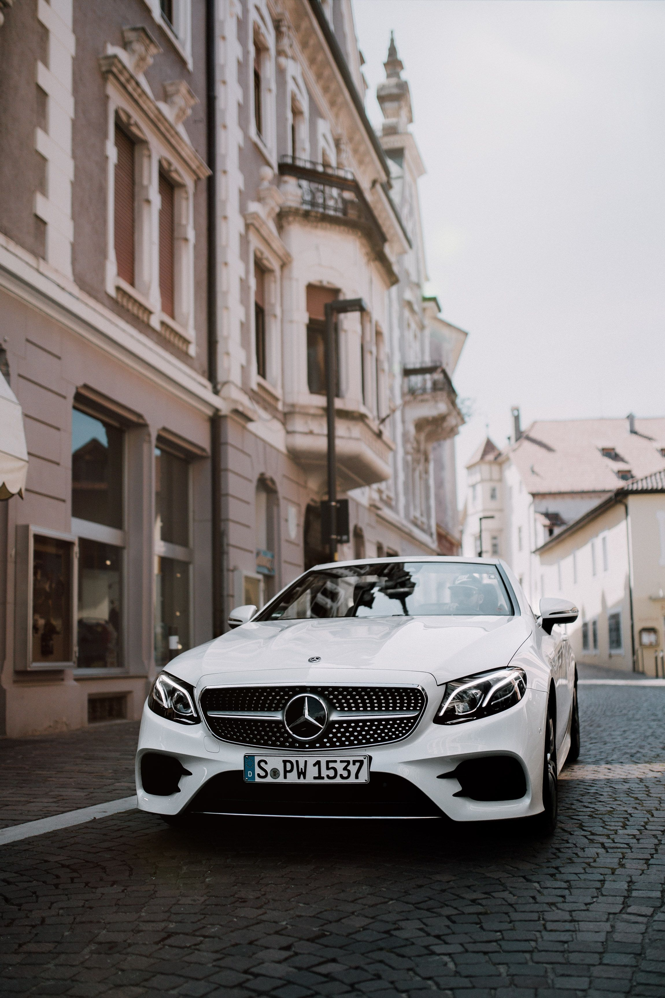 The New E Class Cabriolet Open For Intense Pleasure Mercedes Car Mercedes Benz Wallpaper Benz E