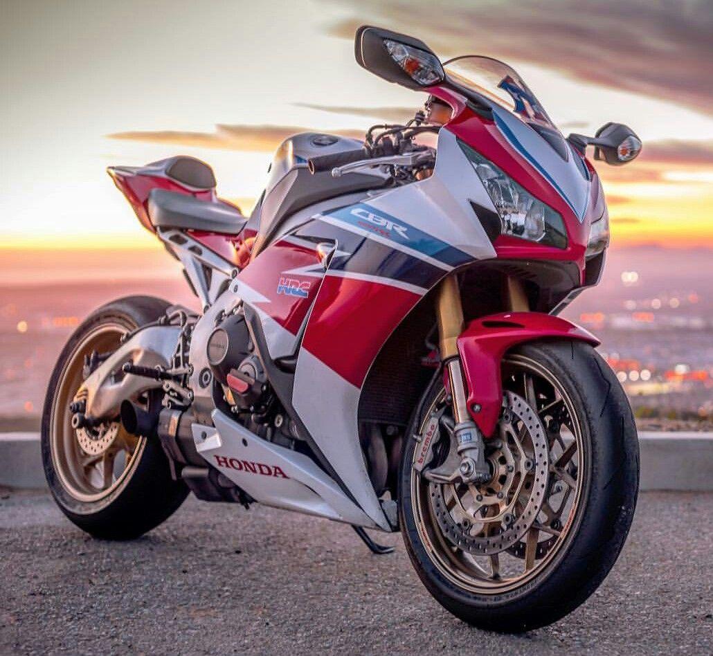 Honda Cbr 1000 Rr Sp Sports Bikes Motorcycles Super Bikes Bike Lovers
