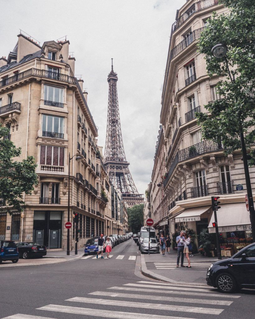 Square Rapp & Avenue Rapp: History & an Eiffel Tower View | solosophie #eiffeltower