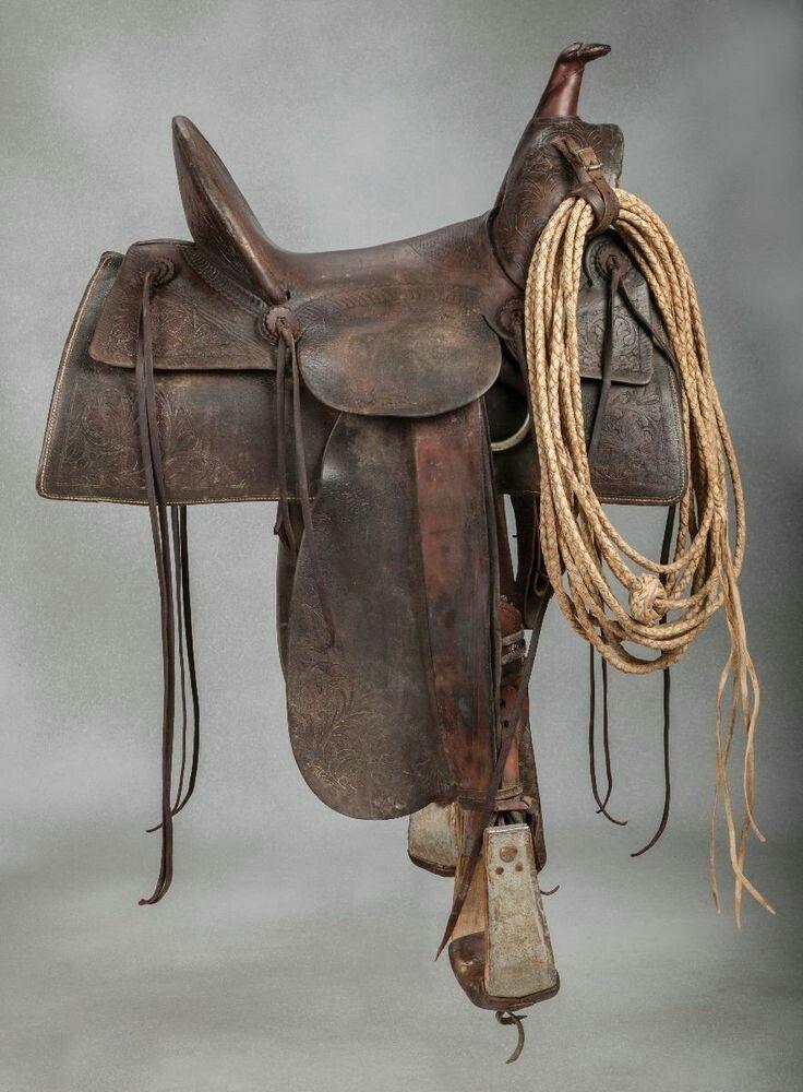 Horse saddles heather 39 s horse saddles pinterest for Sillas para caballos