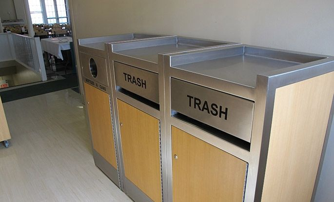 Keep Your Restaurant Clean and Organized with Tray Top Restaurant