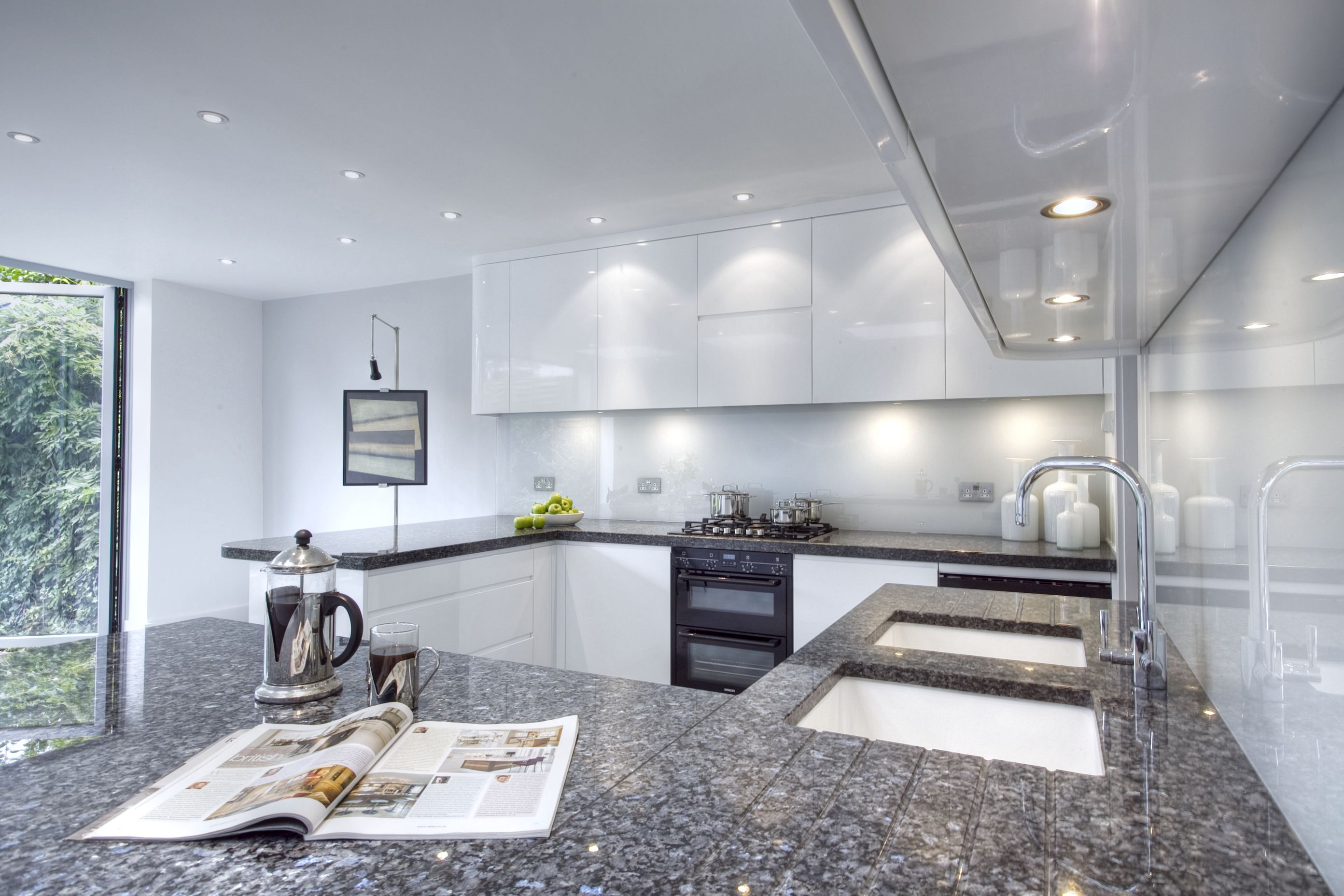 Contemporary kitchen designed by increation.   St John\'s Wood ...