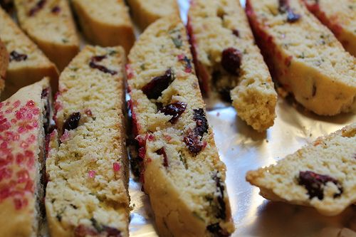Six in the Suburbs: Christmas Biscotti
