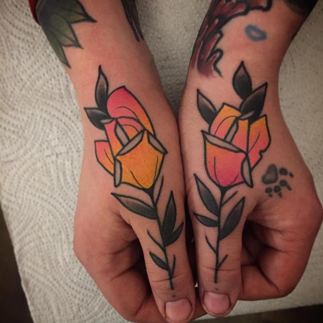 Galerie Das MotivLexikon Hand tattoo, Rose tattoo