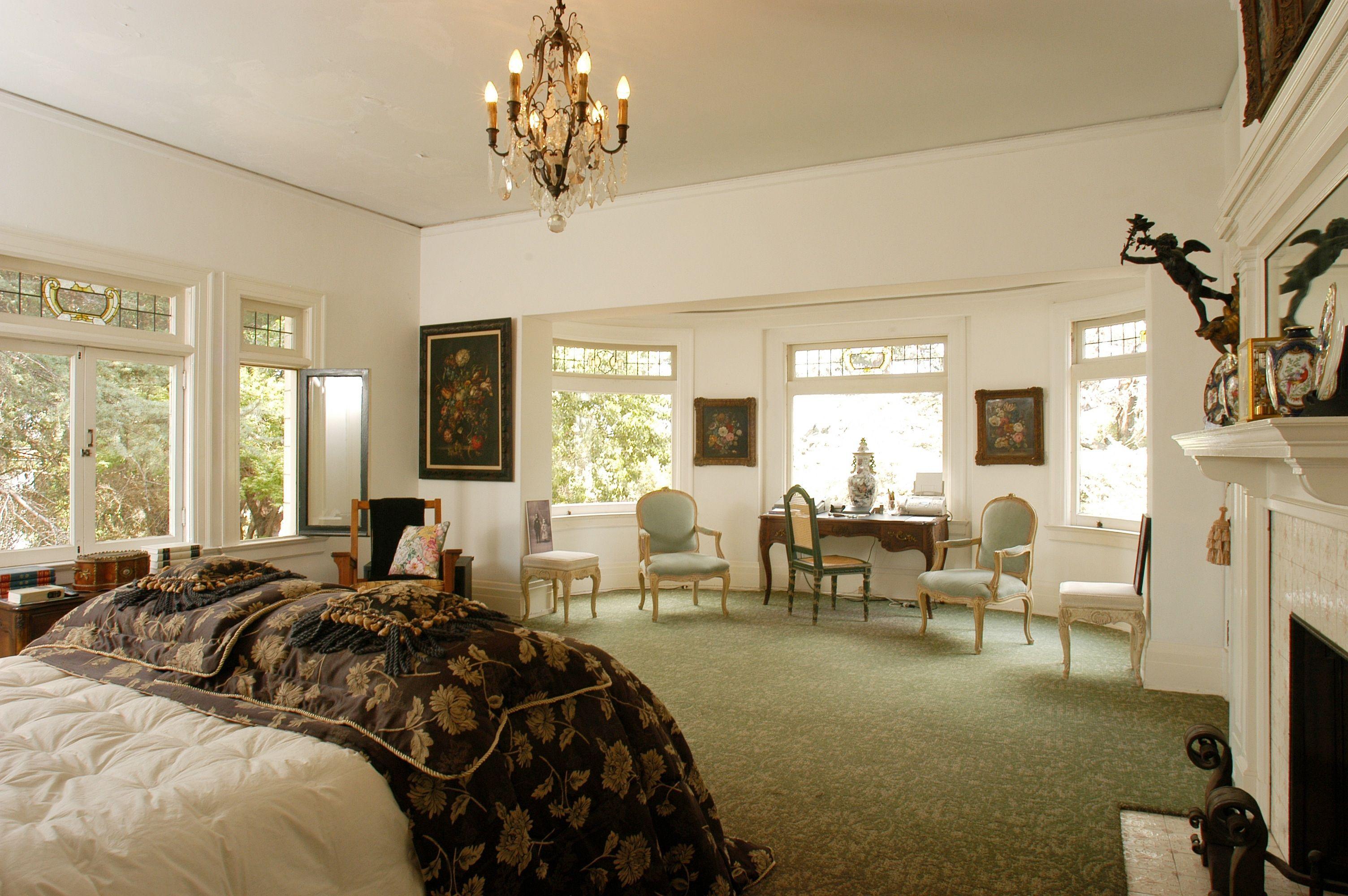 American Horror Story Bedroom Decor   Bedroom Decor   Pinterest ...