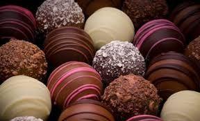 Resultado de imagen para chocolates artesanales rellenos