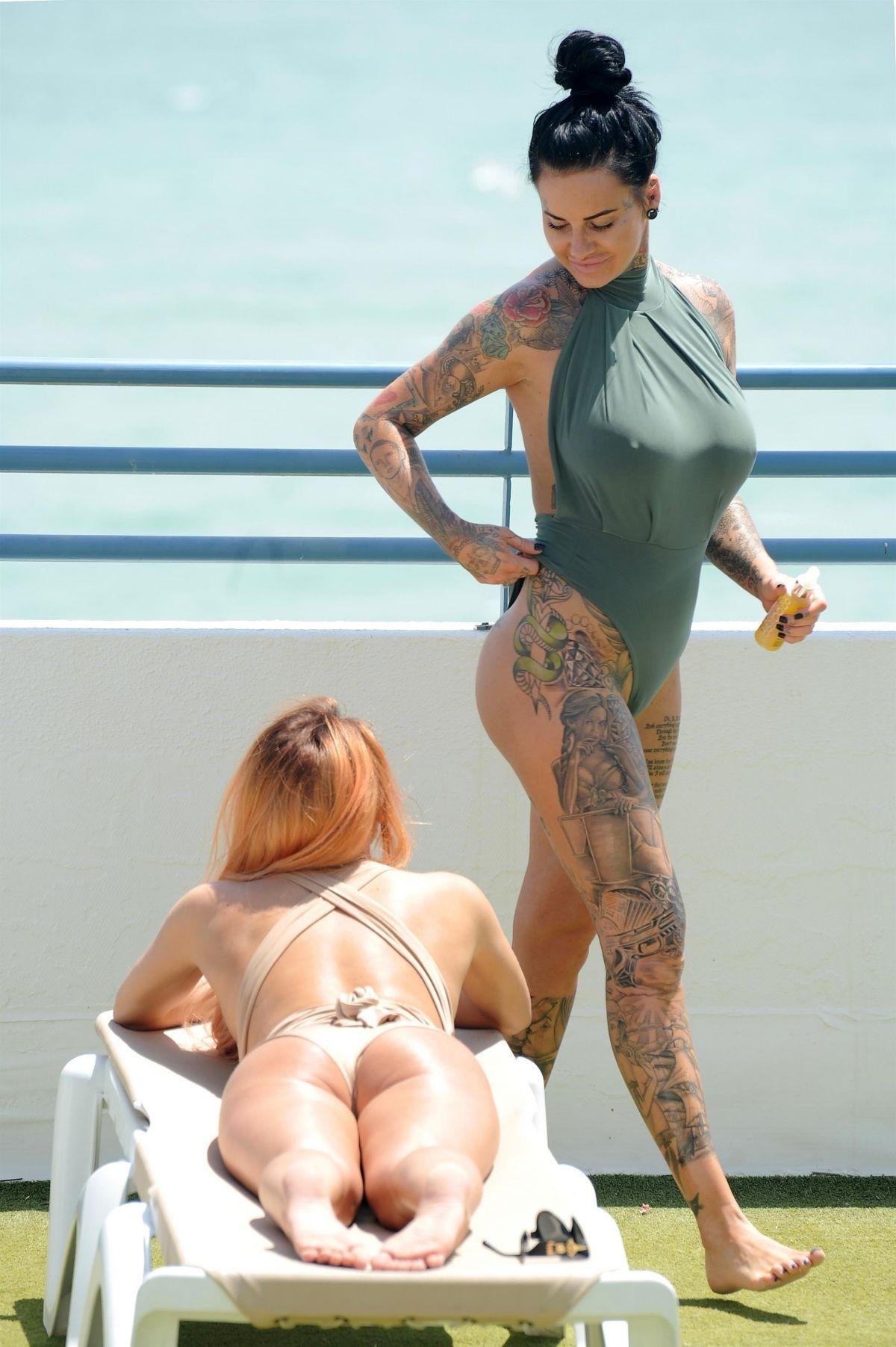 Paparazzi Jemma Lucy nude (37 photos), Sexy, Leaked, Feet, legs 2019