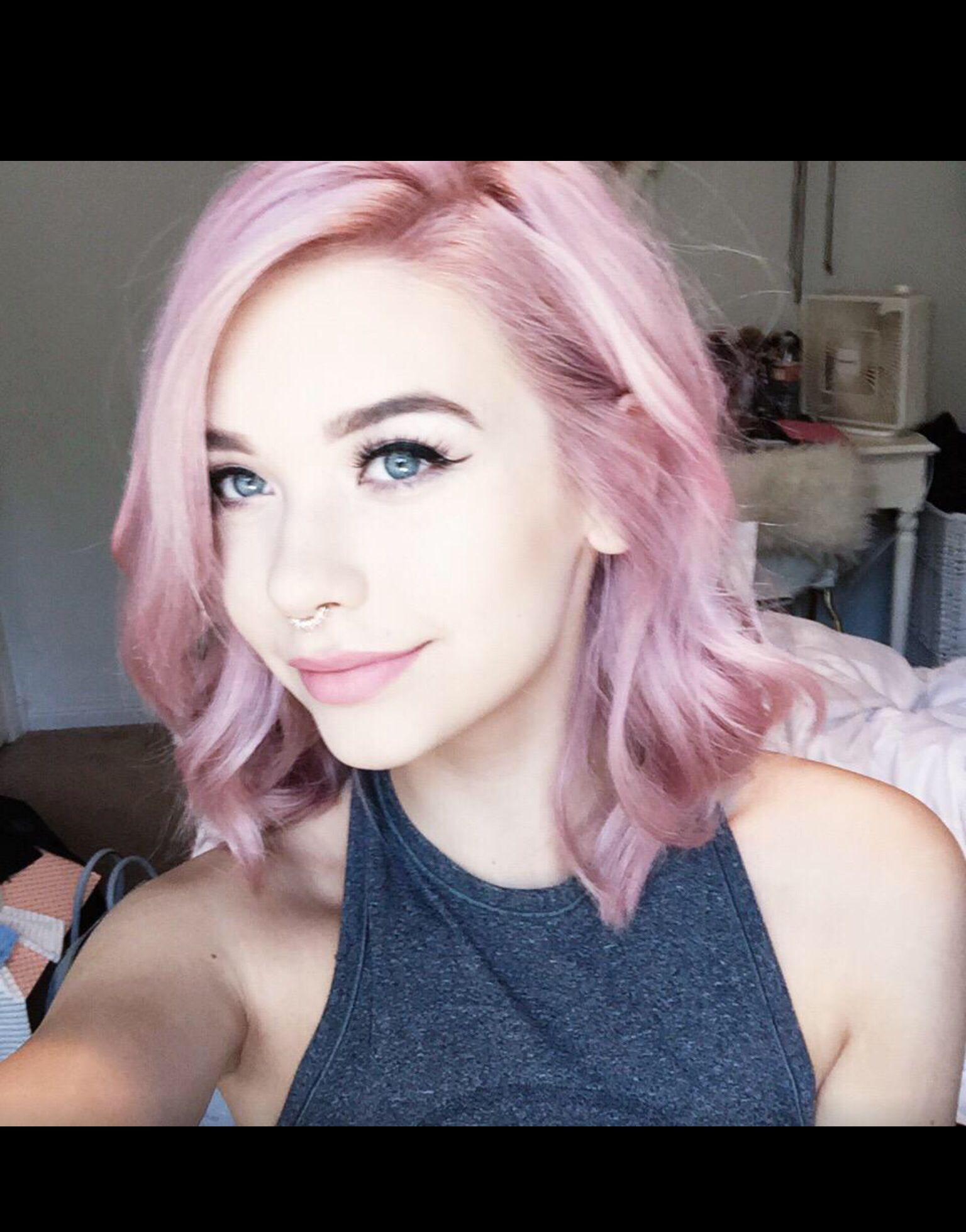 Sheus unreal doos pinterest she s pink hair and hair coloring