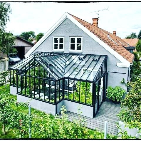 garage w/ attached greenhouse ('T' shape) #housegoals