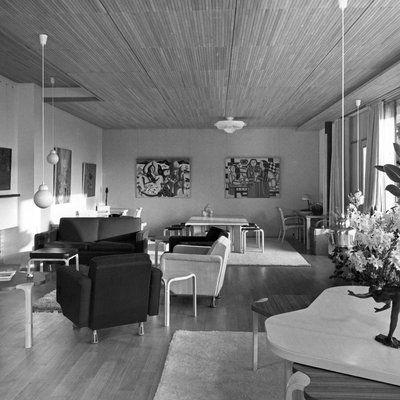 La maison Louis Carré du0027Alvar Aalto, un édifice unique en France - maison avec tour carree