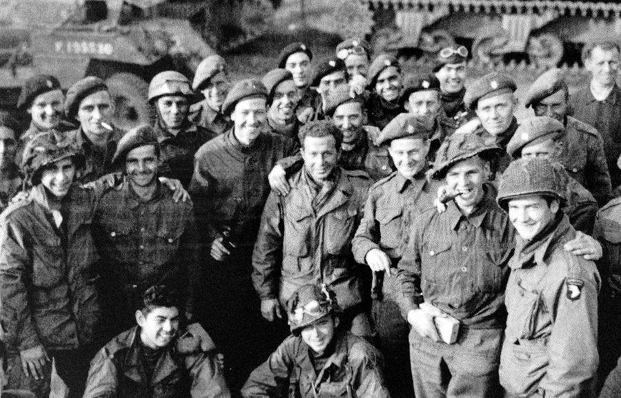 Men of Easy Company, 101st Airborne Division, with British troops from the 1st Airborne Division, October 1944