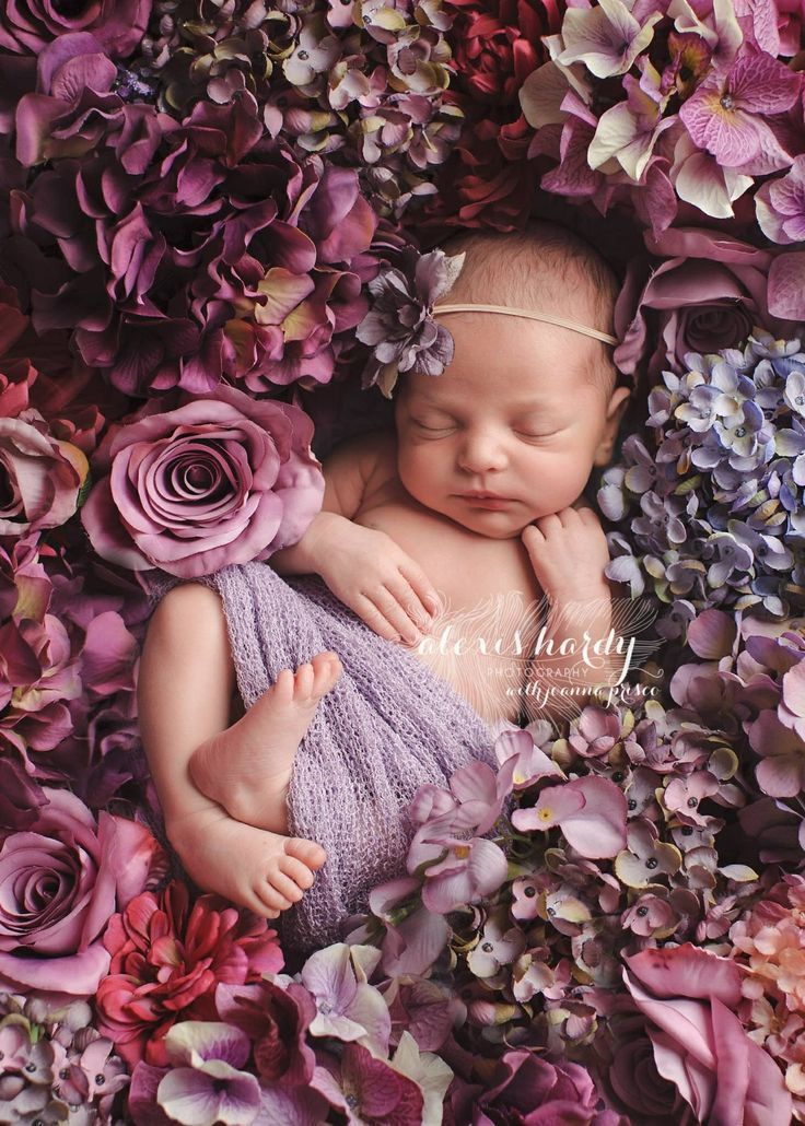 Inspiration For New Born Baby Photography : Sophie's newborn photo shoot idea - Photography Magazine | Leading Photography Magazine, bring you the best photography from around the world