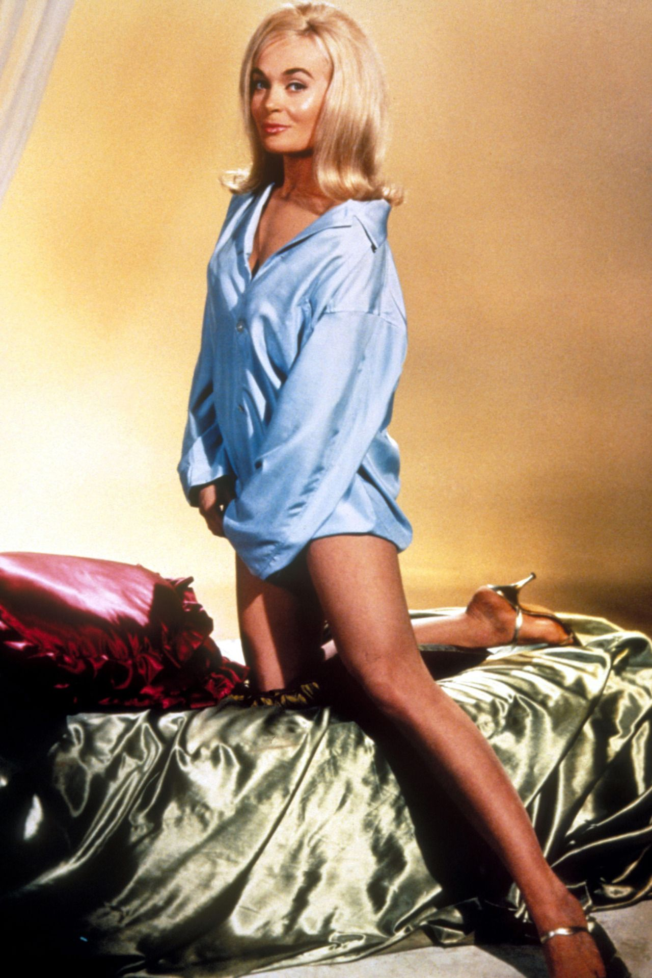 Shirley Eaton (born 1937)