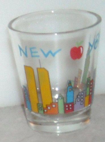 NEW YORK SHOT GLASS Skyline Red Big Apple Shot Glass Shooter