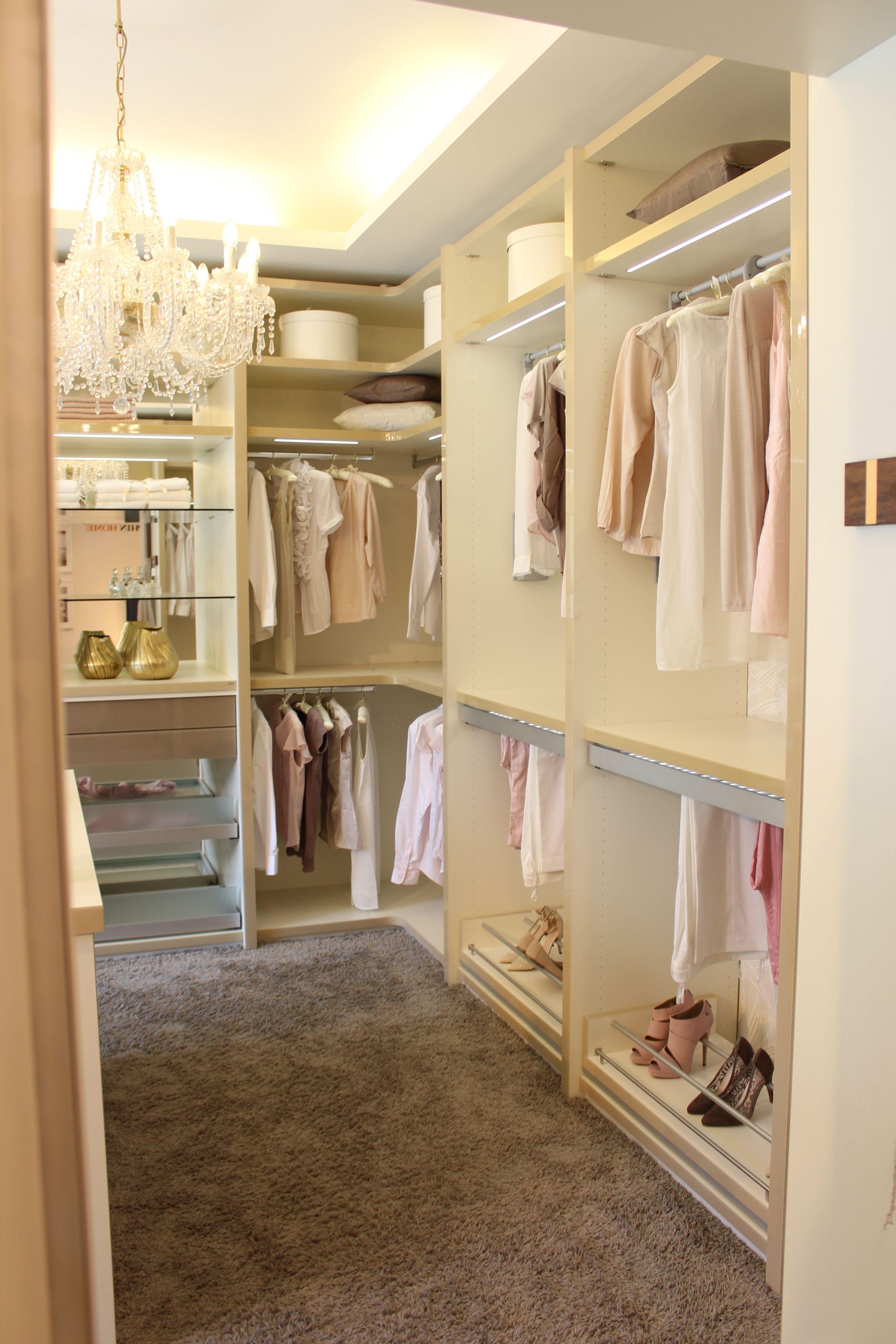 Home design bildergalerie perfekt bis ins letzte detail  ein begehbarer kleiderschrank von