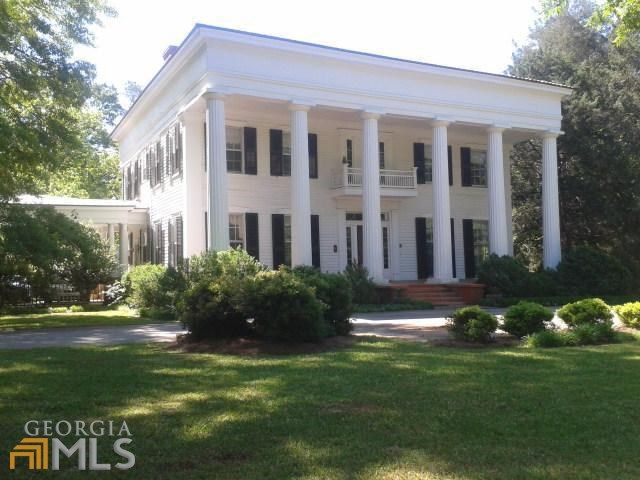Beautiful Greek Revival Style Home Located In Historic Madison Ga Outside Atlanta Built In The 18 Greek Revival Architecture Antebellum Homes Historic Homes