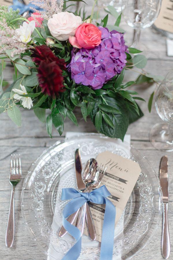 Hochzeitsdekoration Farbige Glaser Floristik Tischdekoration Gesteck