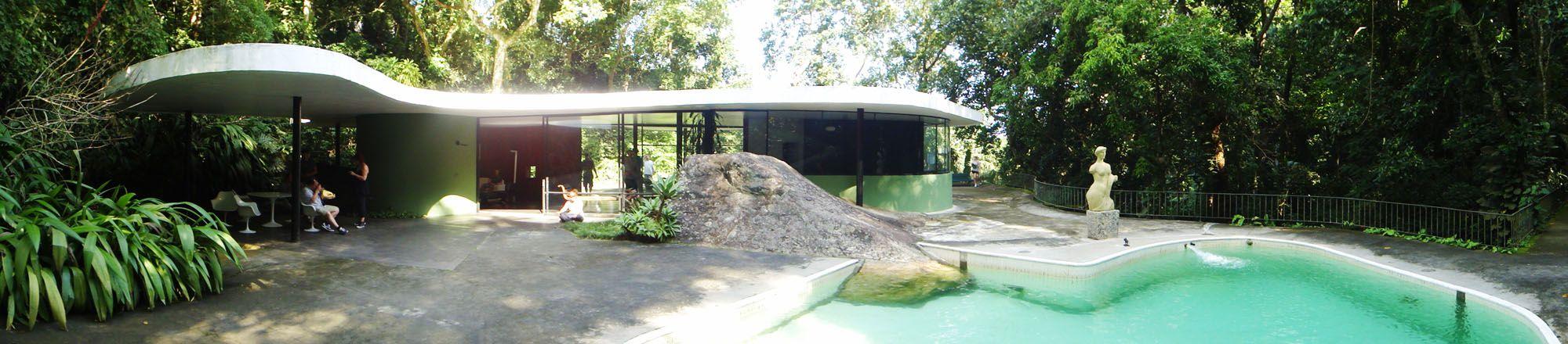 Galeria de Clássicos da Arquitetura: Casa das Canoas / Oscar Niemeyer - 17