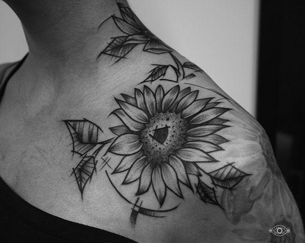 Felipe Padilha, tatuagem em blackwork, Brasília, Brasil;
