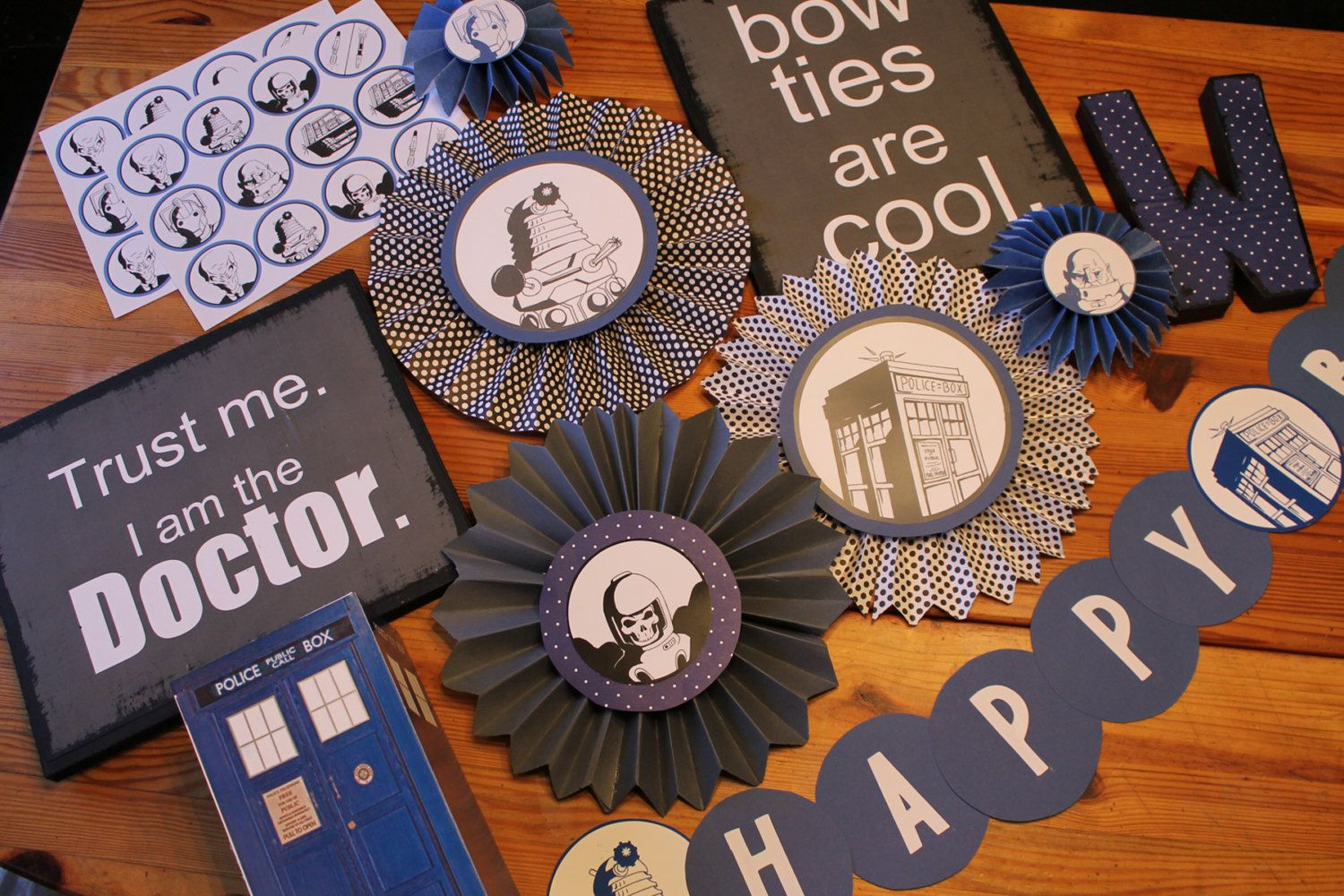 Doctor Who Party Decorations Etsy Doctor Who Party Doctor Who Birthday Doctor Who Decor