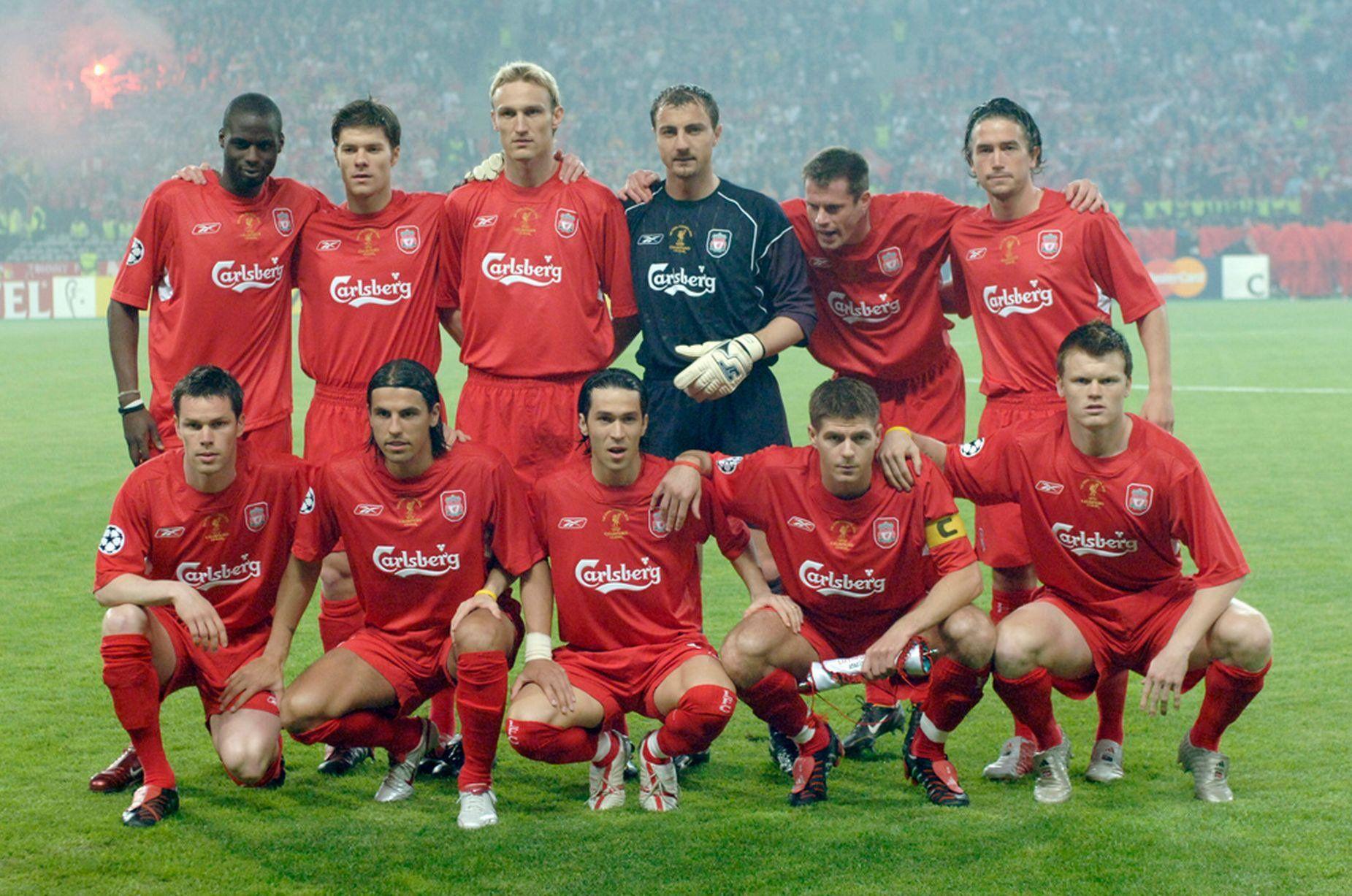 Épinglé par Neil Hughes sur European Cup Final 2005 (avec