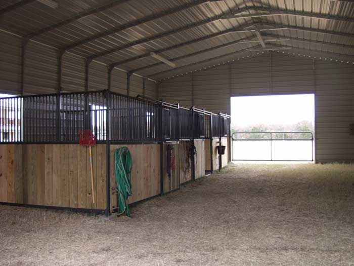 Metal horse barns back to metal horse barns and for Horse stable blueprints