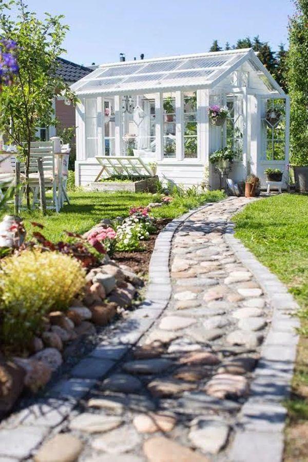 25 Süße und inspirierende Gartenhausideen