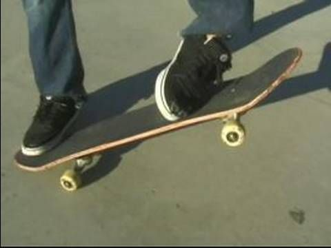 How To Do Skateboard Tricks How To Frontside 180 On A Skateboard Skateboard Skate Outdoor