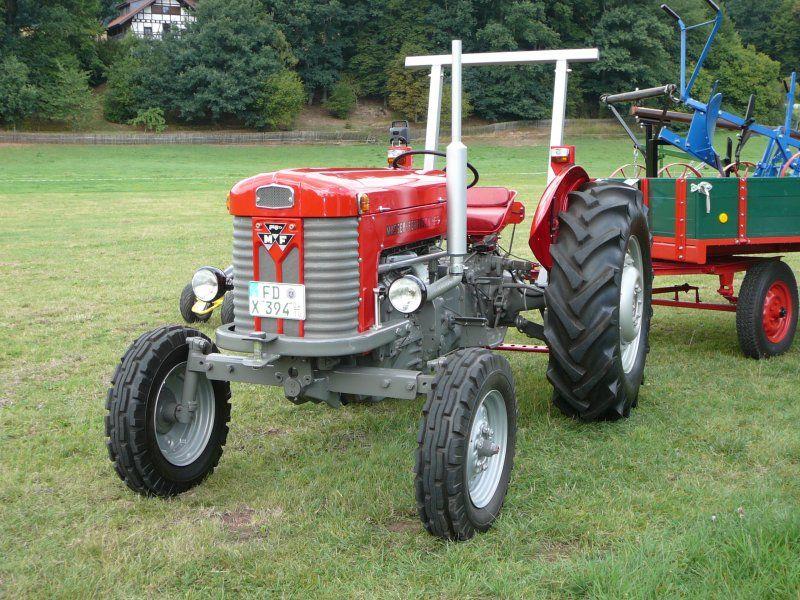 Mf 65 Google Sogning Tractors Vintage Tractors Massey Ferguson Tractors
