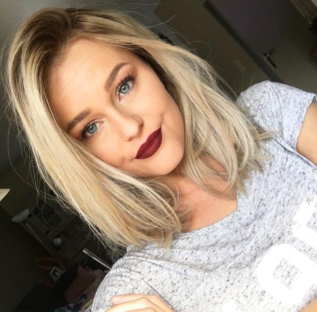 15 Seriously Chic Medium Hairstyles Anyone Can Pull Off