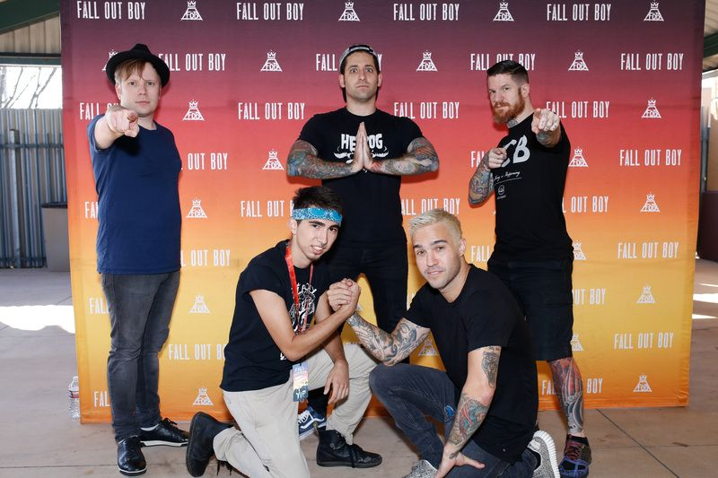 Fall out boy best meet greet poses in 2018 pinterest fob fall out boy m4hsunfo