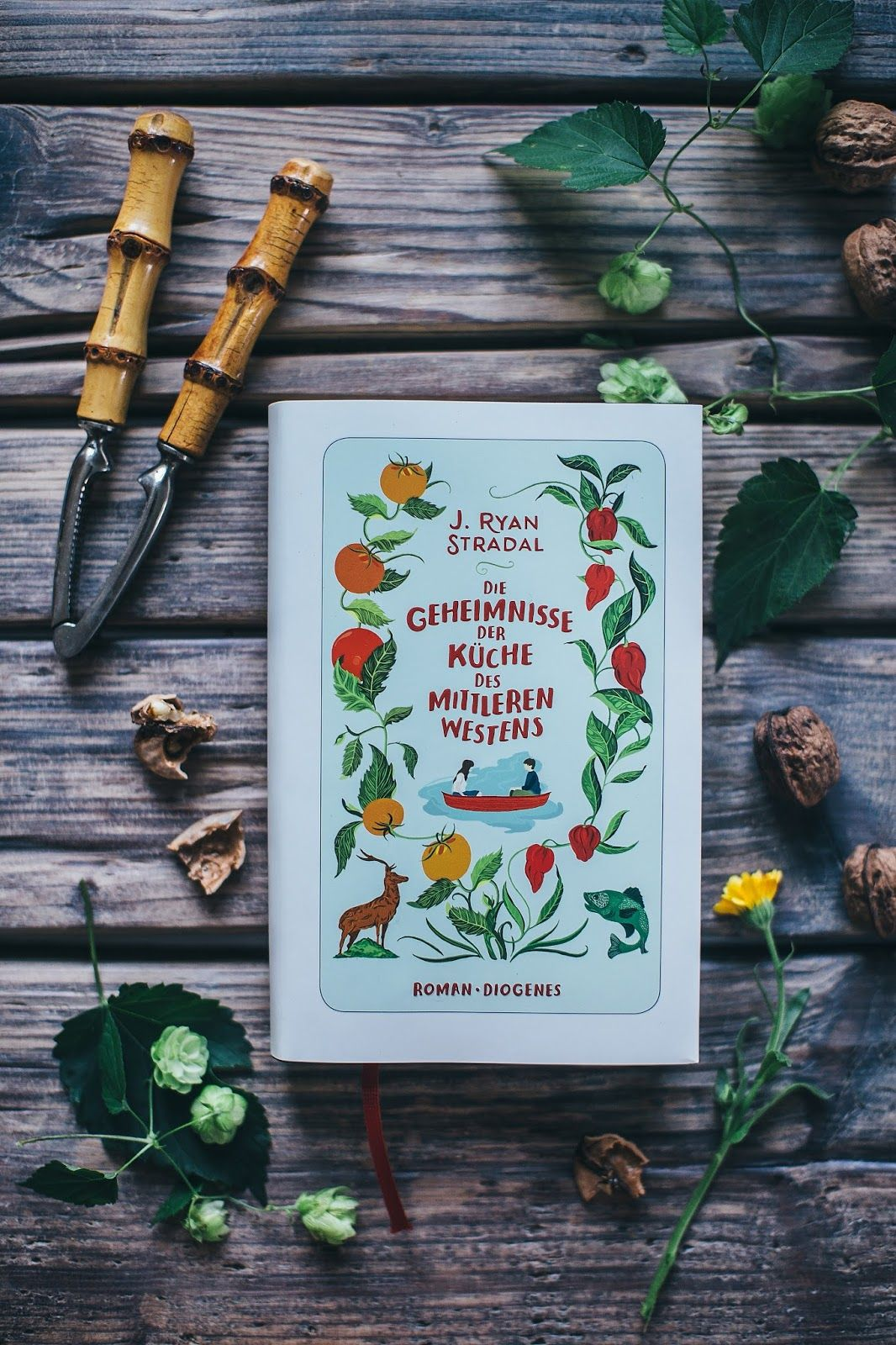 Simple & glutenfree Carrot Cake inspired by the new Novel
