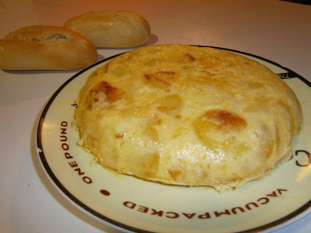 TORTILLA DE PATATA (TORTILLA ESPAÑOLA) ~ La Cocina de la Abuela